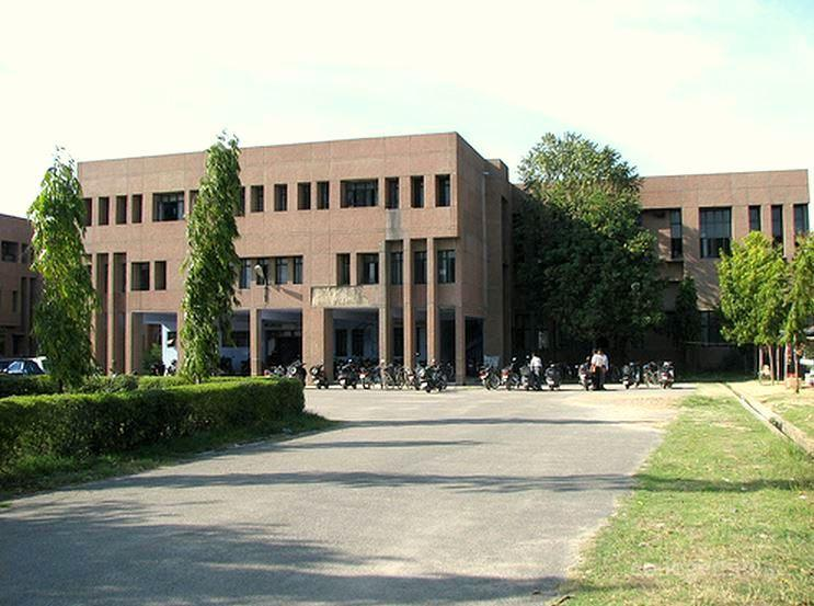 Institute of Engineering and Technology- [IET], Lucknow
